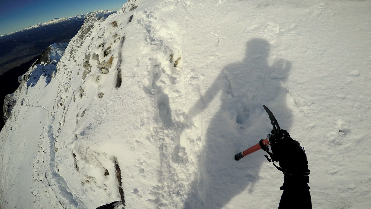 The last part was a bit tricky, so to be on the safe side, I replaced the hiking poles with an ice axe.